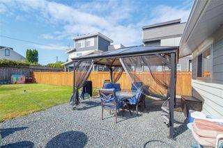 Photo 18: 697 Strandlund Ave in : La Mill Hill Half Duplex for sale (Langford)  : MLS®# 845632