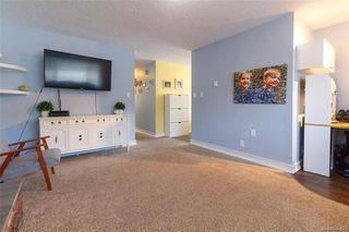 Photo 5: 697 Strandlund Ave in : La Mill Hill Half Duplex for sale (Langford)  : MLS®# 845632