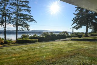 Photo 4: 6039 S Island Hwy in : CV Union Bay/Fanny Bay House for sale (Comox Valley)  : MLS®# 855956