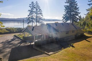 Photo 3: 6039 S Island Hwy in : CV Union Bay/Fanny Bay House for sale (Comox Valley)  : MLS®# 855956