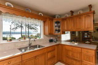 Photo 7: 6039 S Island Hwy in : CV Union Bay/Fanny Bay House for sale (Comox Valley)  : MLS®# 855956