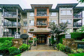 "Photo 1: 217 3178 DAYANEE SPRINGS Boulevard in Coquitlam: Westwood Plateau Condo for sale in ""Tamarack"" : MLS®# R2501637"