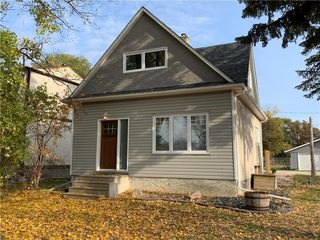 Photo 1: 3097 BIRDS HILL Road: East St Paul Residential for sale (3P)  : MLS®# 202025176