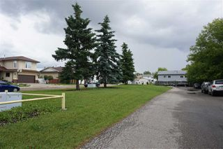 Photo 30: 12225 140A Avenue NW in Edmonton: Zone 27 House Half Duplex for sale : MLS®# E4224917