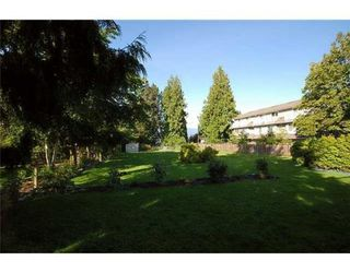 Photo 2: 4265 4267 SARDIS ST in Burnaby: Home for sale : MLS®# V852227