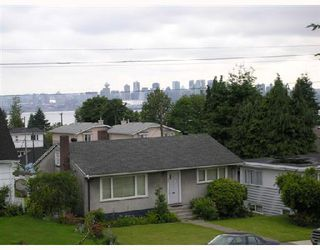 Photo 10: 342 W 15TH Street in North Vancouver: Central Lonsdale House for sale : MLS®# V654405