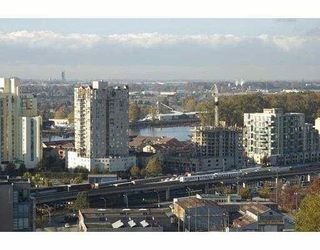 "Photo 2: 1401 814 ROYAL Avenue in New_Westminster: Downtown NW Condo for sale in ""NEWS NORTH"" (New Westminster)  : MLS®# V675356"