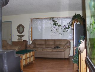 Photo 2: 7728 SWIFT Drive in Mission: Mission BC House for sale : MLS®# F2800451