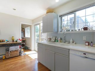 Photo 18: 3414 W 1ST Avenue in Vancouver: Kitsilano House 1/2 Duplex for sale (Vancouver West)  : MLS®# R2393169