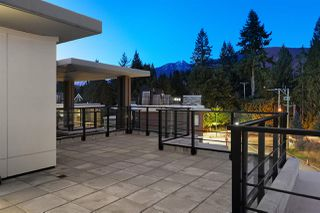 Photo 6: 408 3220 CONNAUGHT CRESCENT in North Vancouver: Edgemont Condo for sale : MLS®# R2442276