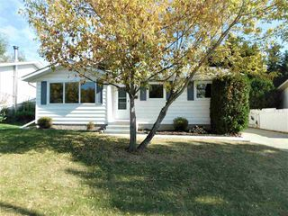 Photo 1: 133 Greengrove Avenue: Sherwood Park House for sale : MLS®# E4216840