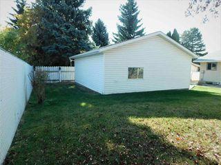 Photo 19: 133 Greengrove Avenue: Sherwood Park House for sale : MLS®# E4216840
