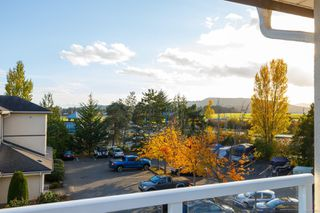 Photo 18: 303 2227 James White Blvd in : Si Sidney South-West Condo for sale (Sidney)  : MLS®# 858503