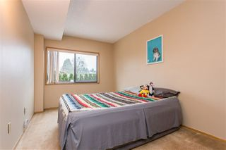 """Photo 13: 116 31955 OLD YALE Road in Abbotsford: Central Abbotsford Condo for sale in """"EVERGREEN VILLAGE"""" : MLS®# R2527472"""
