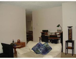 "Photo 8: 121 4373 HALIFAX Street in Burnaby: Central BN Condo for sale in ""BRENT GARDENS"" (Burnaby North)  : MLS®# V634742"