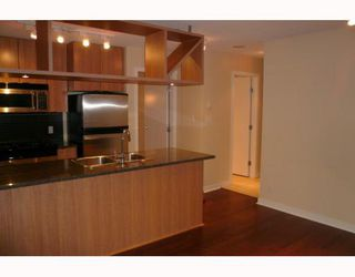 """Photo 3: 1707 1010 RICHARDS Street in Vancouver: Downtown VW Condo for sale in """"THE GALLERY"""" (Vancouver West)  : MLS®# V796391"""