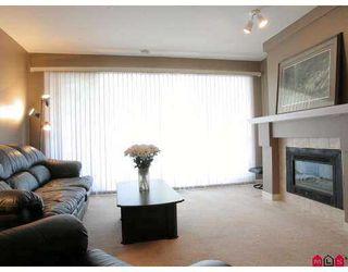 "Photo 3: 302 22025 48TH Avenue in Langley: Murrayville Condo for sale in ""AUTUMN RIDGE"" : MLS®# F2723539"