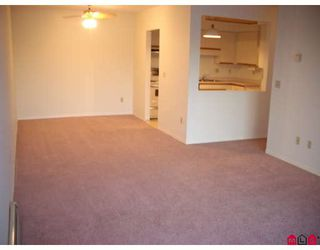 "Photo 3: 103 2678 MCCALLUM Road in Abbotsford: Central Abbotsford Condo for sale in ""Panorama Terrace"" : MLS®# F2729735"