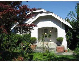 Photo 2: 2063 NAPIER Street in Grandview VE: Home for sale : MLS®# V788092