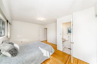 """Photo 9: 8727 CREST Drive in Burnaby: The Crest House for sale in """"Cariboo-Cumberland"""" (Burnaby East)  : MLS®# R2422475"""