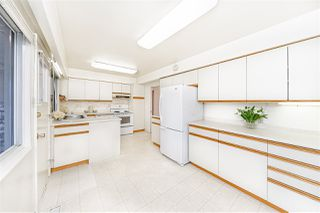 """Photo 7: 8727 CREST Drive in Burnaby: The Crest House for sale in """"Cariboo-Cumberland"""" (Burnaby East)  : MLS®# R2422475"""