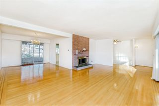 """Photo 5: 8727 CREST Drive in Burnaby: The Crest House for sale in """"Cariboo-Cumberland"""" (Burnaby East)  : MLS®# R2422475"""