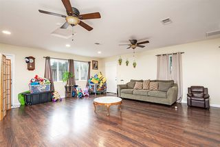 Photo 8: CITY HEIGHTS House for sale : 3 bedrooms : 5403 Grape St in San Diego