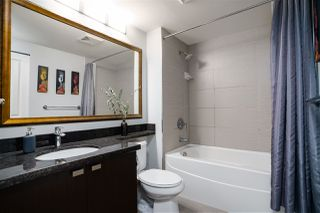 "Photo 15: 3009 888 CARNARVON Street in New Westminster: Downtown NW Condo for sale in ""MARINUS OF PLAZA 88"" : MLS®# R2460328"
