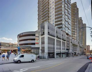 """Photo 3: 3009 888 CARNARVON Street in New Westminster: Downtown NW Condo for sale in """"MARINUS OF PLAZA 88"""" : MLS®# R2460328"""
