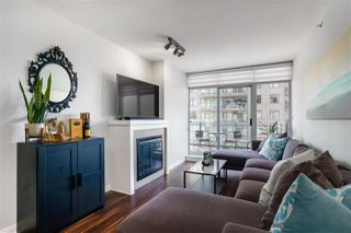 "Photo 4: 3009 888 CARNARVON Street in New Westminster: Downtown NW Condo for sale in ""MARINUS OF PLAZA 88"" : MLS®# R2460328"