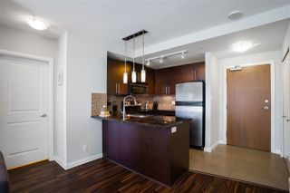 "Photo 8: 3009 888 CARNARVON Street in New Westminster: Downtown NW Condo for sale in ""MARINUS OF PLAZA 88"" : MLS®# R2460328"