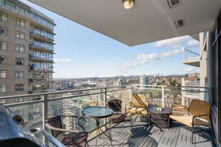 "Photo 5: 3009 888 CARNARVON Street in New Westminster: Downtown NW Condo for sale in ""MARINUS OF PLAZA 88"" : MLS®# R2460328"