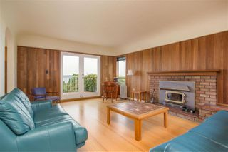 Photo 2: 2258 MATHERS Avenue in West Vancouver: Dundarave House for sale : MLS®# R2469648