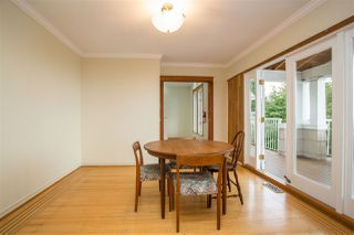 Photo 5: 2258 MATHERS Avenue in West Vancouver: Dundarave House for sale : MLS®# R2469648