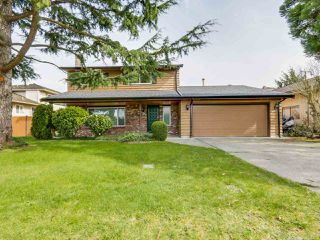Main Photo: 10940 CONSTABLE Gate in Richmond: Woodwards House for sale : MLS®# R2492563