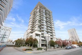 "Photo 3: 1706 1455 GEORGE Street: White Rock Condo for sale in ""AVRA"" (South Surrey White Rock)  : MLS®# R2527199"
