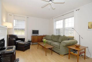 Photo 10: 2565 Empire St in Victoria: Residential for sale : MLS®# 274998