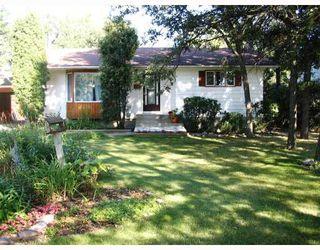 Photo 1: 413 OAKDALE Drive in WINNIPEG: Murray Park Single Family Detached for sale (South Winnipeg)  : MLS®# 2715418