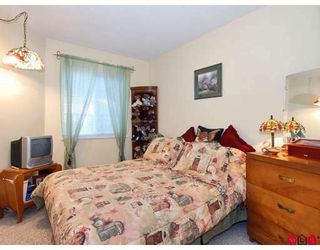 Photo 11: #2, 12935 16 Avenue in Surrey: Townhouse for sale (South Surrey White Rock)  : MLS®# F2802818