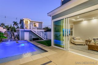 Main Photo: CORONADO VILLAGE House for sale : 4 bedrooms : 261 E Avenue in Coronado
