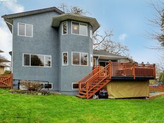 Photo 20: 1370 Charles Pl in VICTORIA: SE Cedar Hill Single Family Detached for sale (Saanich East)  : MLS®# 834275