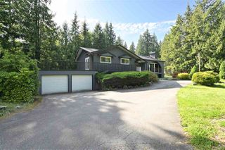 "Photo 1: 24271 63A Crescent in Langley: Salmon River House for sale in ""WILLIAMS PARK"" : MLS®# R2460476"