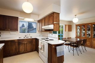 Photo 10: 814 EVERETT Crescent in Burnaby: Sperling-Duthie House for sale (Burnaby North)  : MLS®# R2460830