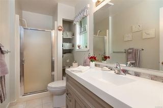 Photo 14: 2460 Costa Vista Pl in : CS Tanner House for sale (Central Saanich)  : MLS®# 855596
