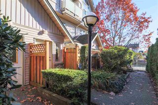 "Photo 3: 2 2378 RINDALL Avenue in Port Coquitlam: Central Pt Coquitlam Townhouse for sale in ""BRITTANY PARK"" : MLS®# R2508354"