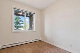 Photo 17: 2208 1888 SIGNATURE Park SW in Calgary: Signal Hill Apartment for sale : MLS®# A1054264