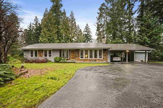 Main Photo: 20679 TYNER Avenue in Maple Ridge: Northwest Maple Ridge House for sale : MLS®# R2526748