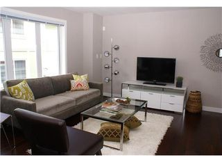 "Photo 3: #20 345 East 33rd Avenue in Vancouver: Main Condo for sale in ""WALK TO MAIN"" (Vancouver East)"
