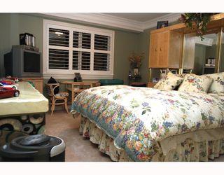 "Photo 6: 5562 4TH Avenue in Tsawwassen: Pebble Hill House 1/2 Duplex for sale in ""PEBBLE HILL"" : MLS®# V672220"