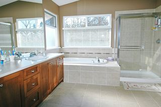 "Photo 9: 24154 MCCLURE Drive in Maple_Ridge: Albion House for sale in ""MAPLE CREST"" (Maple Ridge)  : MLS®# V632433"